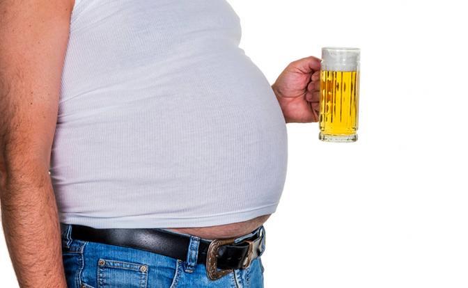 Почему от пива у мужчин растет живот